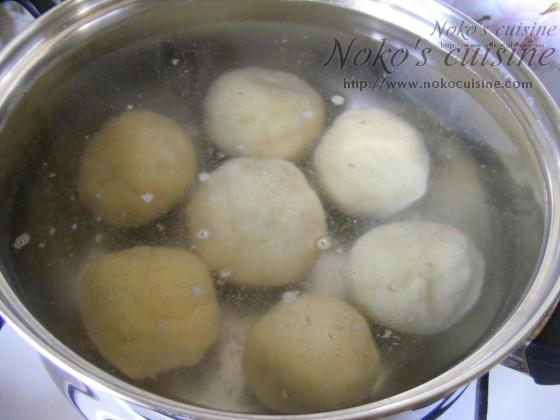 Sinking the dumplings